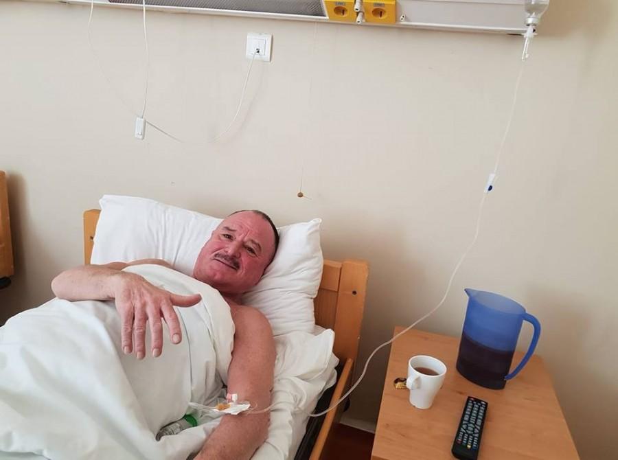 Nagy Feró a kórházi ágyából üzent