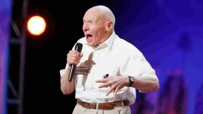 Az éltes öregúr mindenkit elámított a Got Talent műsorában - VIDEÓ