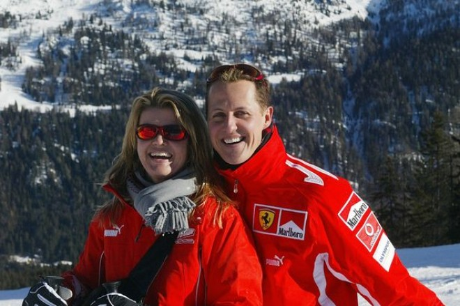 Kikerült az első kóma utáni kép Michael Schumacher-ről!